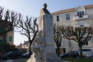 Brétigny - monument de Gabriel Chevrier
